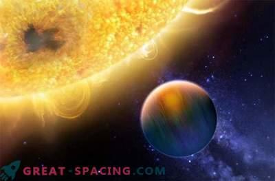 Защо суперземлите и горещите юпитери не се обичат?