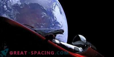 Старман и Тесла надхвърлят Марс