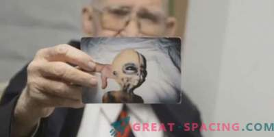 Boyd Bushman assures that these are photos of an extraterrestrial creature