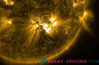 Мощна слънчева светлина от клас X се приближава до Земята