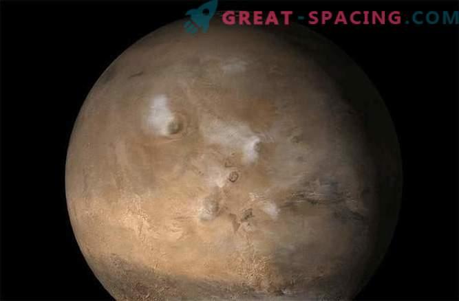 Ловът за екстремни метеорити дава на космоса подсказки: Снимки