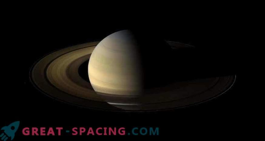 Касини наблюдава слънцестоенето
