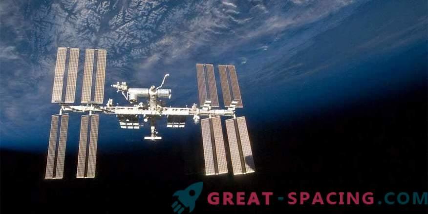На МКС няма врагове. Най-малкото руският космонавт го уверява в това