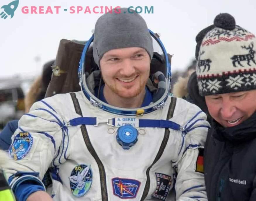 Астронавтите, върнати от МКС на Земята