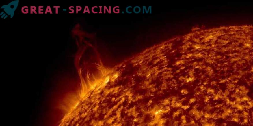 Слънчевите изригвания удариха Земята