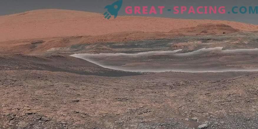 Rover Curiosity празнува 2000 Sol