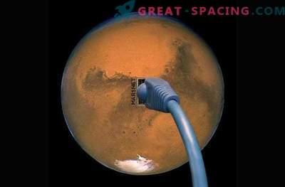 Илон Маска ще държи интернет в колония на Марс