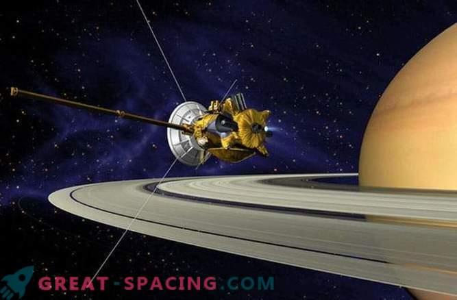 Дължината на деня на Сатурн се измерва с предишна ненадмината точност