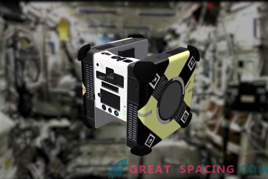 Какво правят робот-роботите на орбиталната станция?
