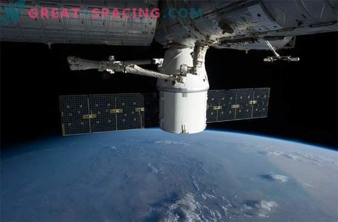 НАСА се готви да преконфигурира МКС