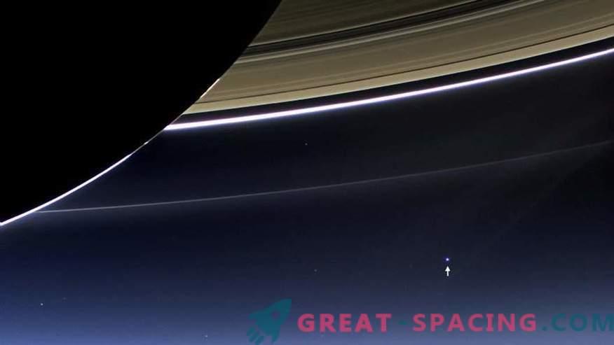 Касини приключва мисията си