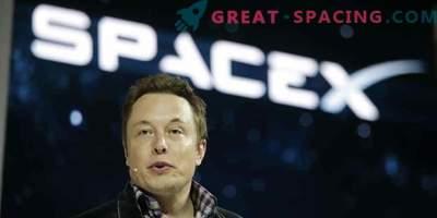 Илон Муск ще пусне колата си в космоса
