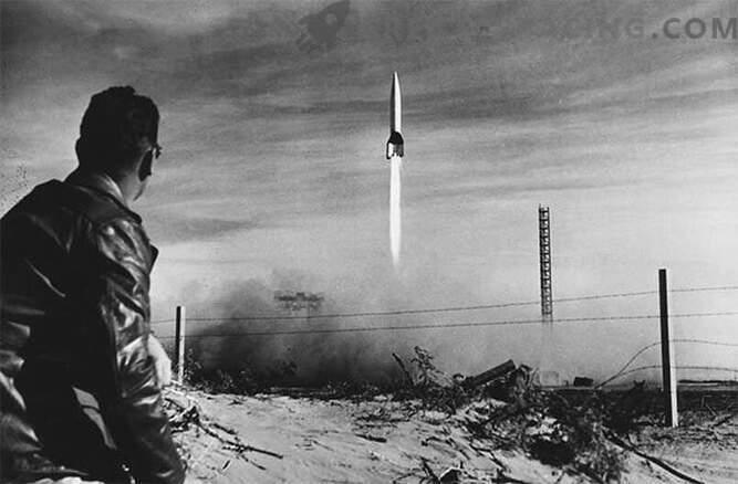 V-2: ракета, задвижвана от фашистката немска военна машина