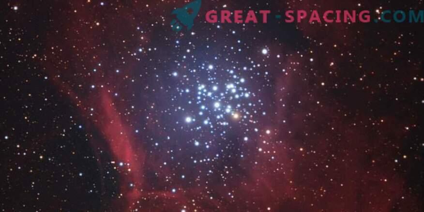 Чандра изследва млада група от NGC 3293