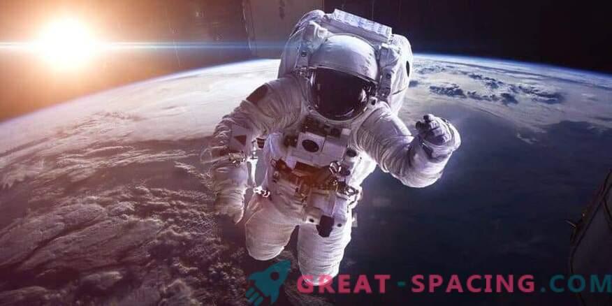 Какво да правим с неадекватния астронавт в космоса. НАСА има отговор