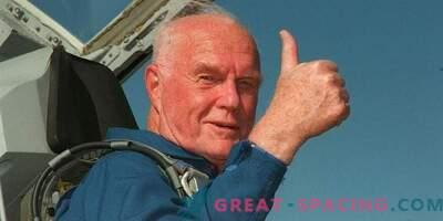 Американски герой и астронавт Джон Глен умря