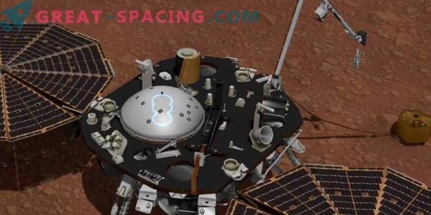 InSight на НАСА проучва времето на Марс.